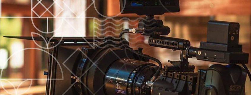 Еще один весомый аргумент в пользу обучения в Краснодарской Школе Кино - скоро востребованность профессионалов в области кинематографии будет высокой! На Кубани заработал сайт для поддержки регионального кинематографа.